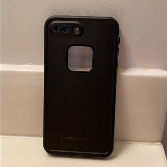 Accessories - iPhone 8+ Lifeproof Phone Case